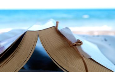 Recommended Summer Reads by Bestselling & Upcoming Authors