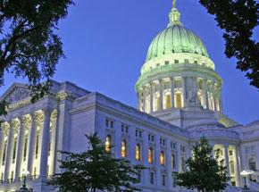 Find local celebrities & top professional speakers in Wisconsin.jpg